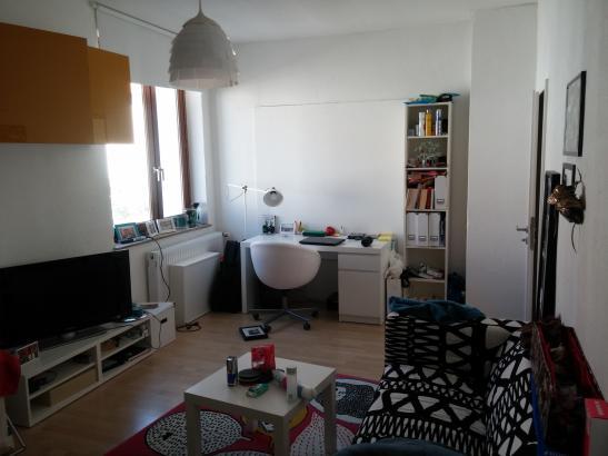 helles 18 m zimmer in zentraler lage wohngemeinschaften in bielefeld bielefeld. Black Bedroom Furniture Sets. Home Design Ideas