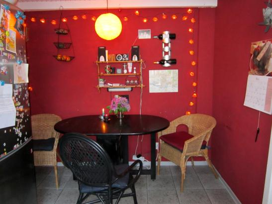 sch nes 14 qm zimmer frei wohngemeinschaft hamburg bergedorf. Black Bedroom Furniture Sets. Home Design Ideas