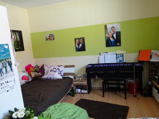 helles sch nes zimmer in zentralster lage wg osnabr ck innenstadt. Black Bedroom Furniture Sets. Home Design Ideas