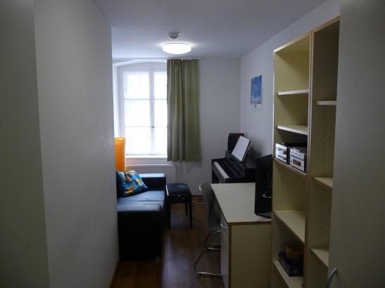 sch ne wohnung in studentenwohnheim 320 euro altstadt 1 zimmer wohnung in regensburg. Black Bedroom Furniture Sets. Home Design Ideas