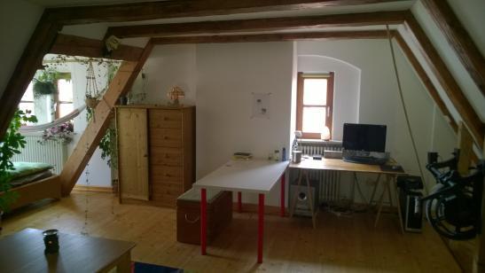 altbau vollm beliert 40 qm flussrauschen zwischenmiete 4 monate wg in augsburg m bliert. Black Bedroom Furniture Sets. Home Design Ideas