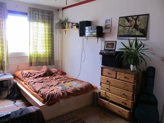 suche nette zwischenmieterin f r mein zimmer in kreuzberg wg zimmer in berlin kreuzberg. Black Bedroom Furniture Sets. Home Design Ideas