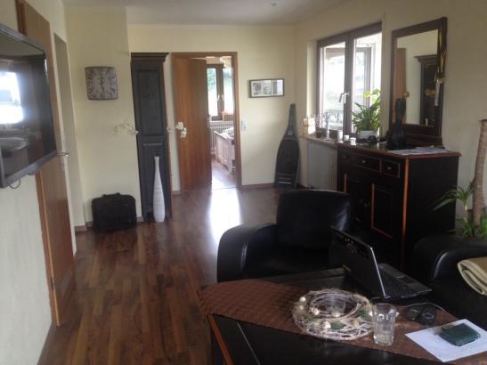 wundersch ne penthouse wohnung mit 25 qm dachterrasse zu vermieten wohnung in waiblingen. Black Bedroom Furniture Sets. Home Design Ideas