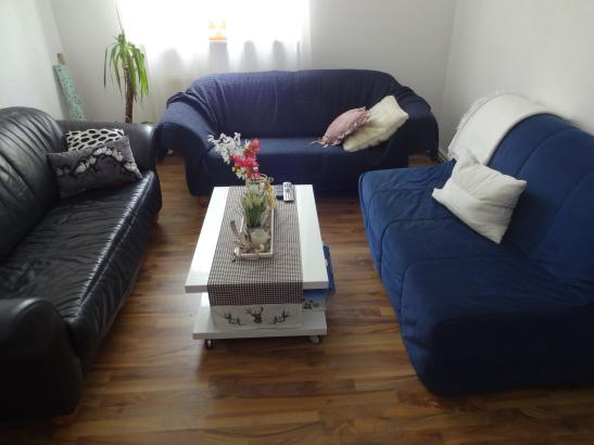 helle komplett m blierte 70qm wohnung zur zwischenmiete wohnung in. Black Bedroom Furniture Sets. Home Design Ideas