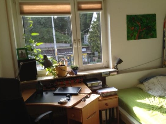 gem tliches zimmer in kaltentaler 3er wg wg zimmer in stuttgart kaltental. Black Bedroom Furniture Sets. Home Design Ideas