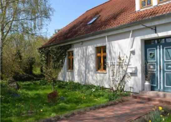 wohnen auf dem land 10 min nach nb wohnung in neubrandenburg lebbin. Black Bedroom Furniture Sets. Home Design Ideas