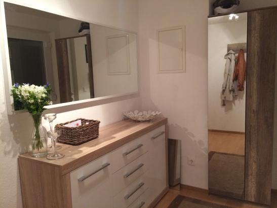 sch ne 2 zimmer wohnung mit terrasse in neu ulm willey moebliert wohnung in neu ulm willey. Black Bedroom Furniture Sets. Home Design Ideas