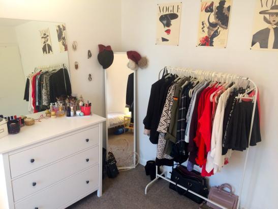 sch nes zimmer im lebendigen kentish town zimmer m bliert london kentish town camden. Black Bedroom Furniture Sets. Home Design Ideas