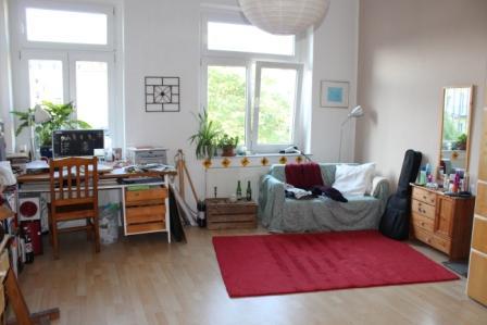 25m zimmer zur zwischenmiete m bliert oder unm bliert m blierte wg dresden neustadt. Black Bedroom Furniture Sets. Home Design Ideas