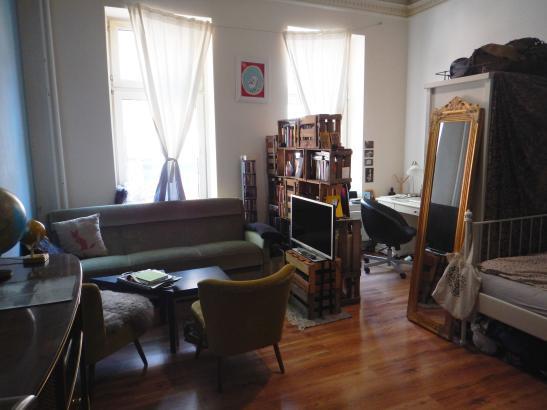 gro es zimmer mit garten auf st pauli wg zimmer in hamburg st pauli. Black Bedroom Furniture Sets. Home Design Ideas