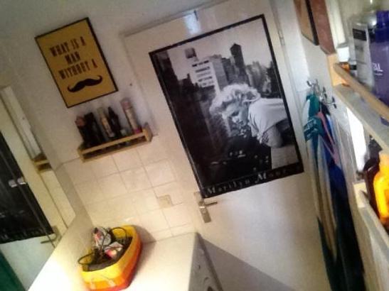 gro e g nstige gute wohnung f r 2 oder 3 wohnung in hamburg veddel. Black Bedroom Furniture Sets. Home Design Ideas