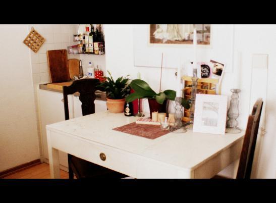 m biliertes 1 zimmer apartment zur zwischenmiete 1 zimmer wohnung in hamburg eimsb ttel. Black Bedroom Furniture Sets. Home Design Ideas