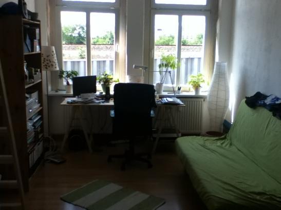 helles m bliertes 16m zimmer in der neustadt wg zimmer in dresden neustadt. Black Bedroom Furniture Sets. Home Design Ideas