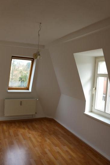 m bliertes 12qm zimmer in ruhiger lage wg zimmer in dresden kaitz. Black Bedroom Furniture Sets. Home Design Ideas