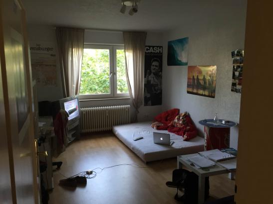 18 m zimmer in stuttgart nord wg zimmer in stuttgart nord. Black Bedroom Furniture Sets. Home Design Ideas