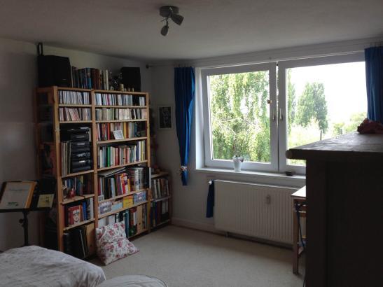 Kleines, helles Zimmer oder lieber gleich die ganze ...