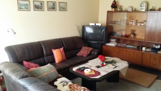 m blierte 2 zi m blierte wohnung wird gerade renoviert. Black Bedroom Furniture Sets. Home Design Ideas