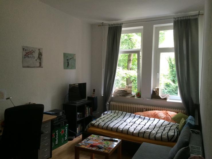14qm zimmer in 3er wg in hannovers nordstadt super lage wohngemeinschaften in hannover nordstadt. Black Bedroom Furniture Sets. Home Design Ideas