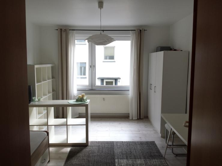 nachmieter gesucht f r m blierte wohnung in perfekter lage 1 zimmer wohnung in wuppertal. Black Bedroom Furniture Sets. Home Design Ideas