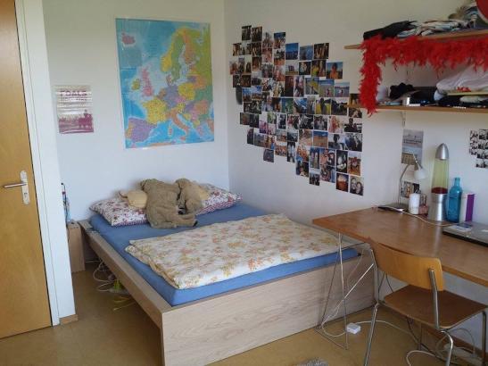 m beliertes 13 qm zimmer in 4er wg f rstenberg konstanz wg zimmer in konstanz f rstenberg. Black Bedroom Furniture Sets. Home Design Ideas