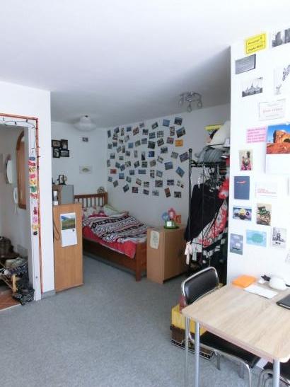 toll geschnittene m blierte 33 qm wohnung zentrumsnah 1 zimmer wohnung in kempten allg u. Black Bedroom Furniture Sets. Home Design Ideas