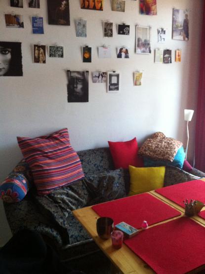 zwischenmiete sch ne sonnenwohnung balkon wanne h ngematte wohnung in bielefeld innenstadt. Black Bedroom Furniture Sets. Home Design Ideas