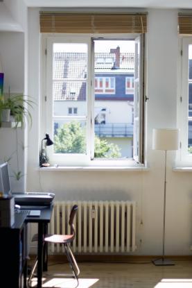 helle 1 zimmer dg wohnung in hannover list 1 zimmer wohnung in hannover list. Black Bedroom Furniture Sets. Home Design Ideas