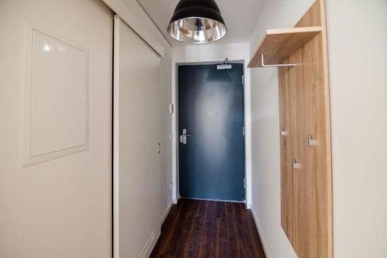 30 qm moderne vollm blierte 1 zimmer wohnung mit terrasse 1 zimmer wohnung in bamberg ost. Black Bedroom Furniture Sets. Home Design Ideas