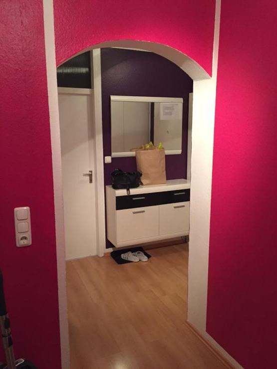 mitbewohnerin f r 2 er wg in einer 95 qm wohnung mit wohnzimmer balkon gesucht wg zimmer in. Black Bedroom Furniture Sets. Home Design Ideas