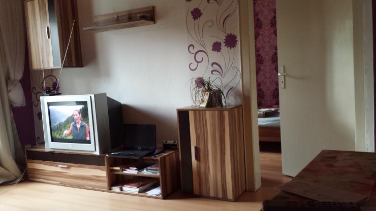 2 zimmer wohnung voll m bliert zu untermieten 1 zimmer wohnung in salzgitter lebenstedt. Black Bedroom Furniture Sets. Home Design Ideas