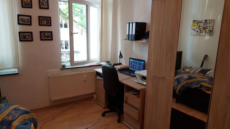 1 zimmer apartment im beliebten kreuzviertel sch ner altbau 1 zimmer wohnung in dortmund. Black Bedroom Furniture Sets. Home Design Ideas