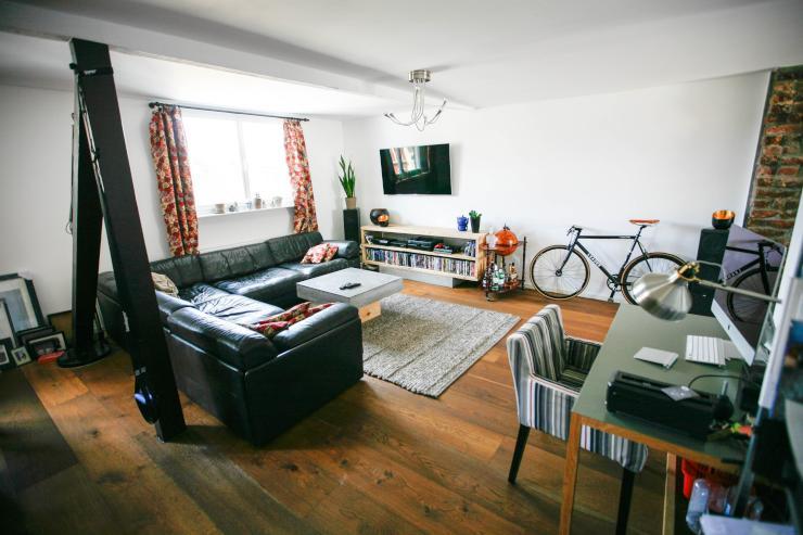 penthouse im belgischen wohnung in k ln belgisches viertel. Black Bedroom Furniture Sets. Home Design Ideas