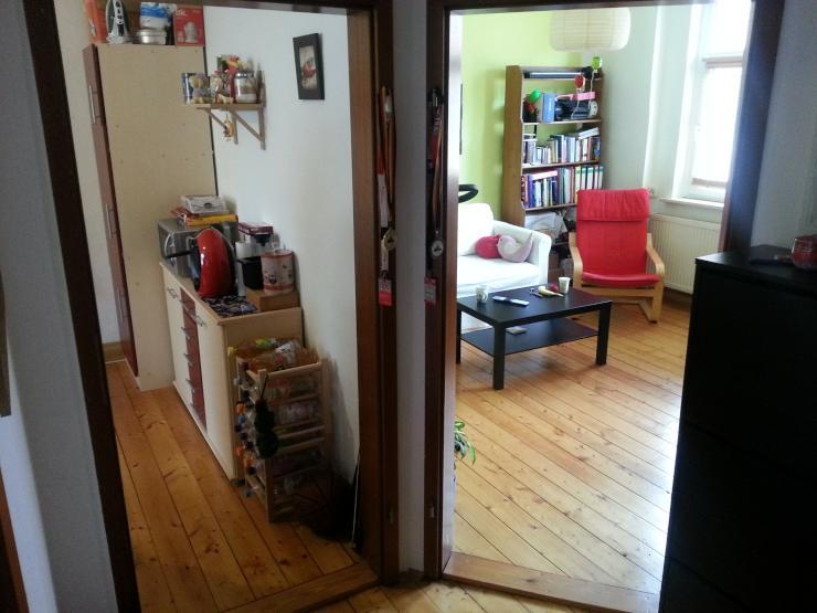 2 zimmer wohnung sucht nachmieter wohnung in jena jena stadt. Black Bedroom Furniture Sets. Home Design Ideas