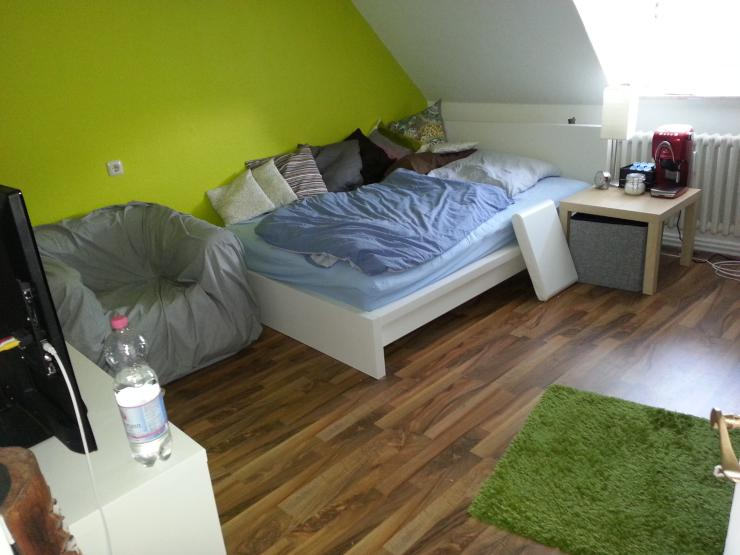 13qm zimmer in 3er wg n he schrevenpark wg kiel ravensberg. Black Bedroom Furniture Sets. Home Design Ideas