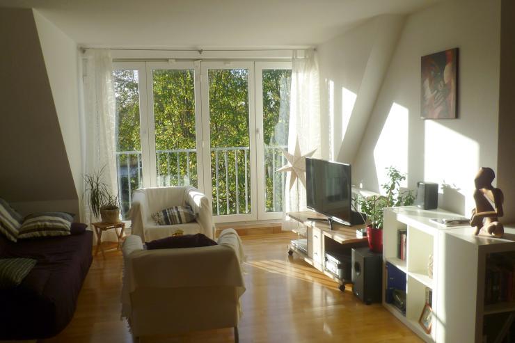 helle maisonette wohnung mit guter anbindung wohnung in. Black Bedroom Furniture Sets. Home Design Ideas
