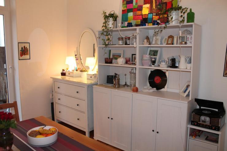 besichtigung heute 18 00 uhr wundersch ne 3 zimmer altbau. Black Bedroom Furniture Sets. Home Design Ideas