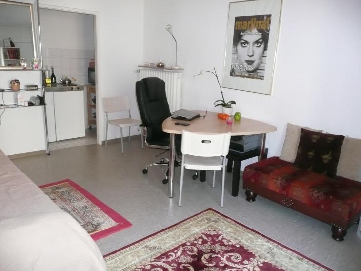 gem tliche 1 zimmer wohnung im agnesviertel sucht. Black Bedroom Furniture Sets. Home Design Ideas