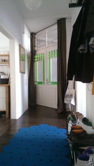 helle 3 zimmer wohnung im hinterhaus wohnung in bielefeld bielefeld. Black Bedroom Furniture Sets. Home Design Ideas