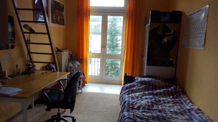 perfekte studentenwohnung in bester lage zur zwischenmiete 1 zimmer wohnung in aachen aachen. Black Bedroom Furniture Sets. Home Design Ideas