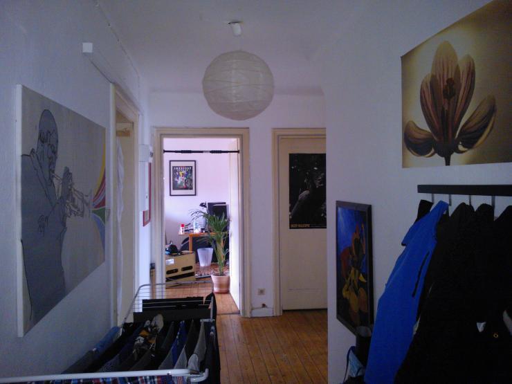 gem tliches zimmer in nicer 5er wg zur zwischenmiete wgzimmer osnabr ck weststadt. Black Bedroom Furniture Sets. Home Design Ideas