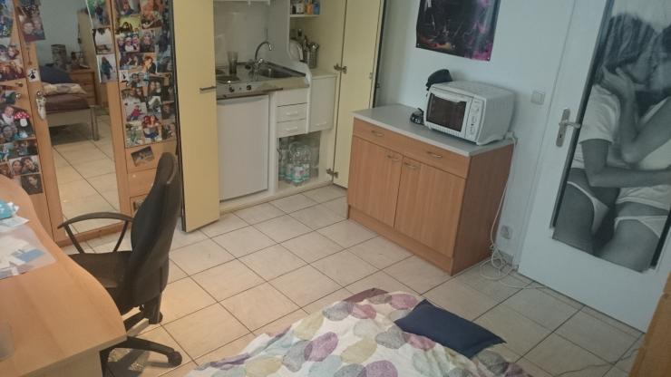zentrale einzimmerwohnung n he barbarossaplatz 1 zimmer wohnung in k ln k ln. Black Bedroom Furniture Sets. Home Design Ideas