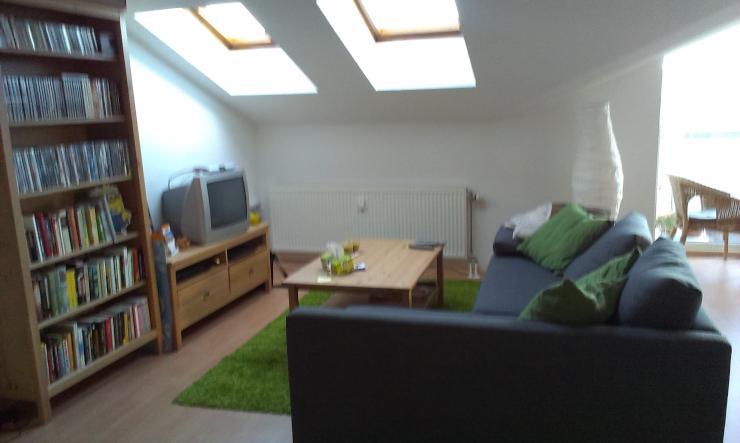 wundersch ne 2 raum dachgeschosswohnung mit terrasse ca. Black Bedroom Furniture Sets. Home Design Ideas
