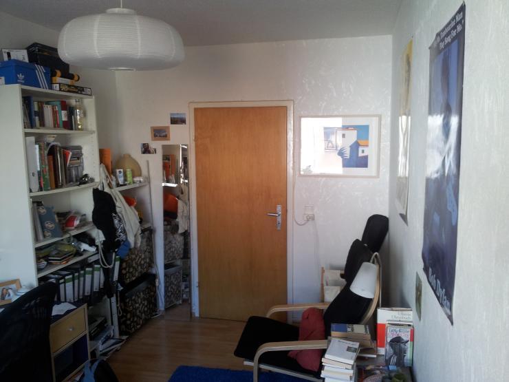 zentrale studentenbude wg zimmer in k ln altstadt s d. Black Bedroom Furniture Sets. Home Design Ideas