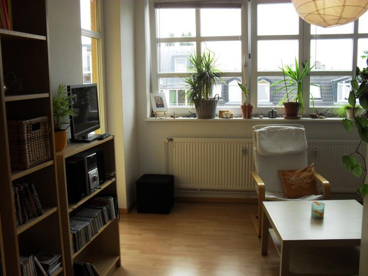 sonnige 2 zimmerwohnung zur untermiete 2 room apartment sublet wohnung in berlin wedding. Black Bedroom Furniture Sets. Home Design Ideas
