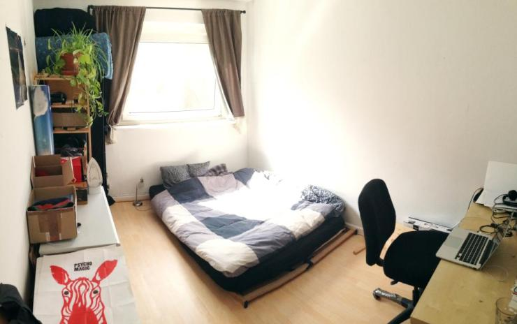 zimmer in entspannter 2er wg wohnung kann bernommen werden wgs in hamburg barmbek s d. Black Bedroom Furniture Sets. Home Design Ideas