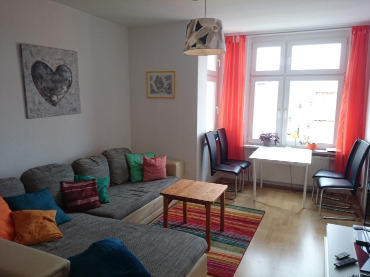 sch ne 3 zimmerwohnung m bliert mit balkon f r 2er wg geeignet wohnung in magdeburg alte. Black Bedroom Furniture Sets. Home Design Ideas