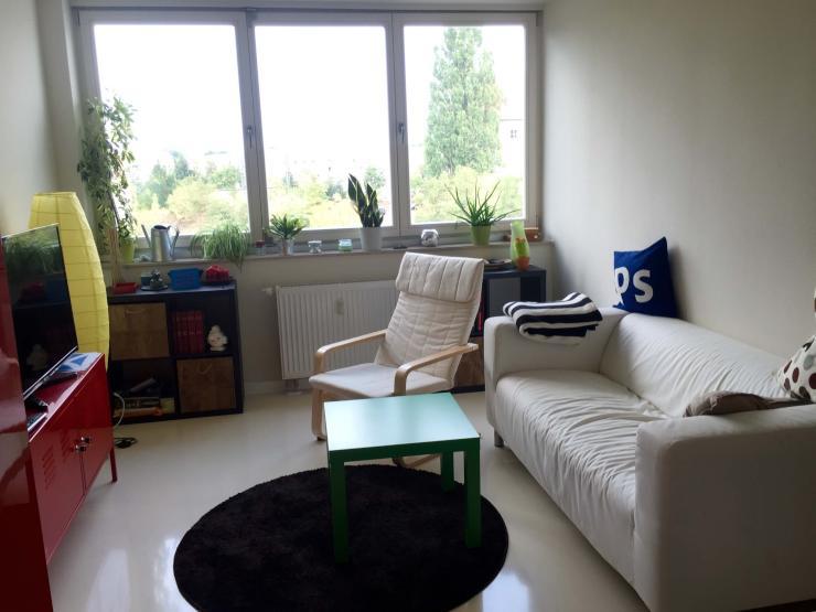suche nachmieter 2 zimmer wohnung in dresden strehlen uni n he wohnung in dresden strehlen. Black Bedroom Furniture Sets. Home Design Ideas