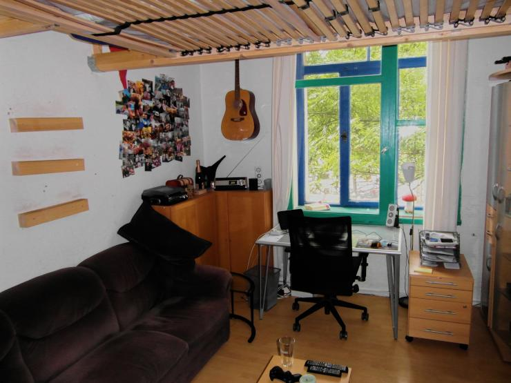 gem tliches altbau wg zimmer in der calenberger neustadt wohngemeinschaft hannover calenberger. Black Bedroom Furniture Sets. Home Design Ideas