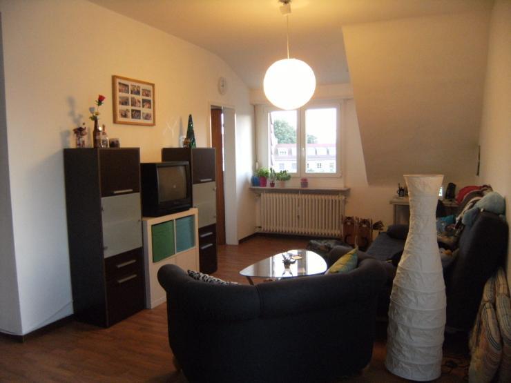 gro e zentrale 1 5 zimmer wohnung wohnberechtigungsschein n tig 1 zimmer wohnung in. Black Bedroom Furniture Sets. Home Design Ideas