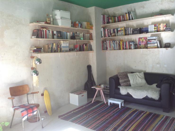 2 zimmer wohnung zur untermiete wohnung in berlin neuk lln. Black Bedroom Furniture Sets. Home Design Ideas